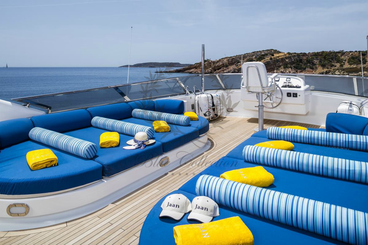 Luxury_Yacht_for_Charter_Mykonos_Greece_MY_JAAN (13)