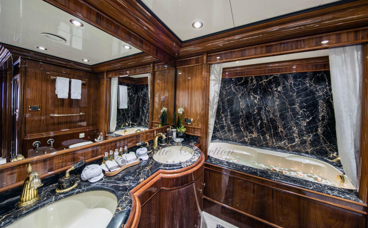 Luxury_Yacht_for_Charter_Mykonos_Greece_MY_JAAN (17)