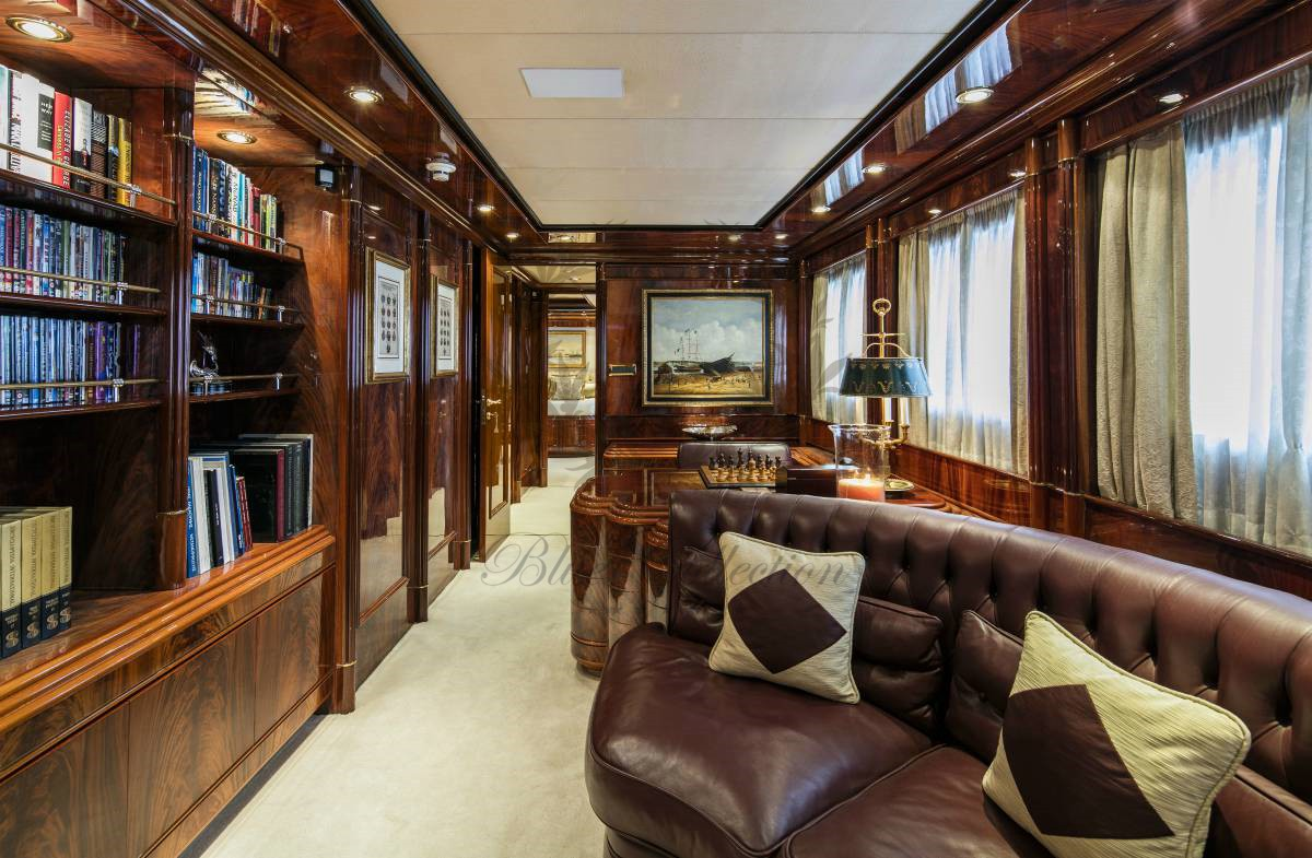 Luxury_Yacht_for_Charter_Mykonos_Greece_MY_JAAN (26)