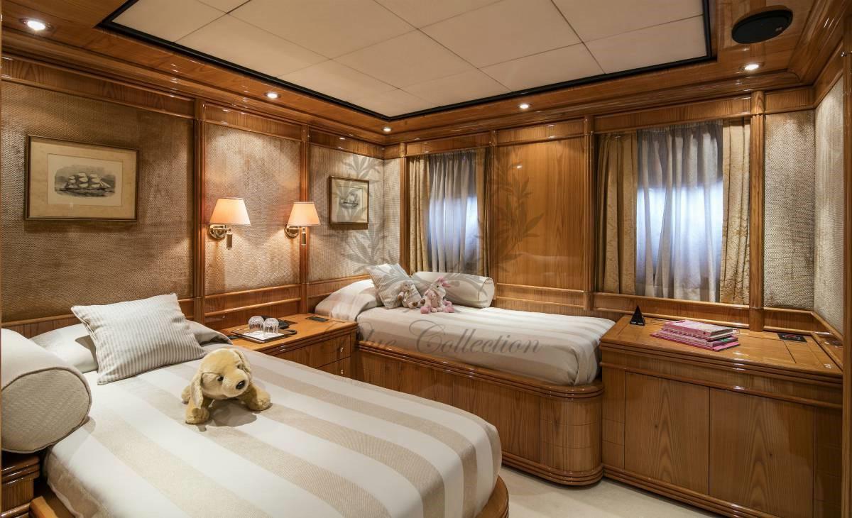 Luxury_Yacht_for_Charter_Mykonos_Greece_MY_JAAN (27)