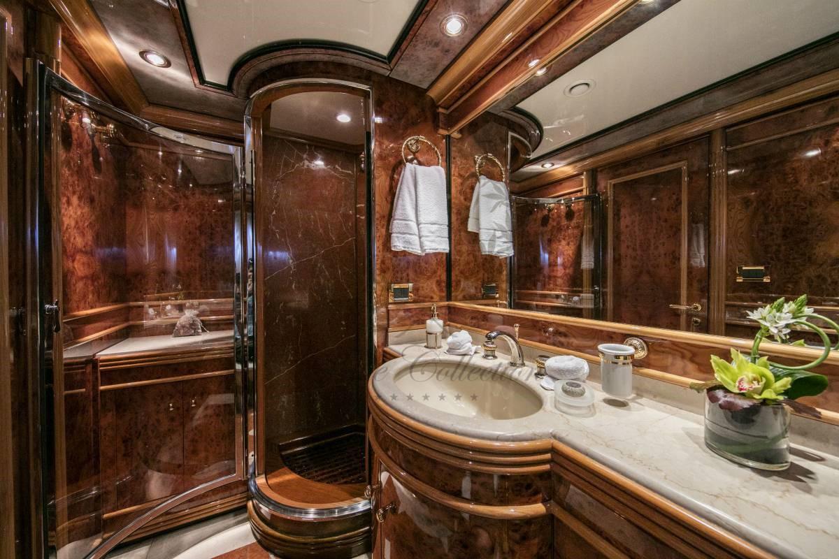 Luxury_Yacht_for_Charter_Mykonos_Greece_MY_JAAN (33)