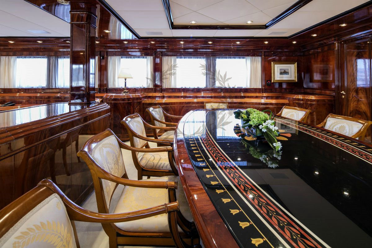 Luxury_Yacht_for_Charter_Mykonos_Greece_MY_JAAN (39)