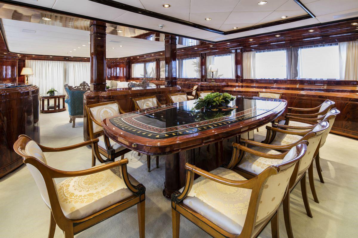 Luxury_Yacht_for_Charter_Mykonos_Greece_MY_JAAN (8)