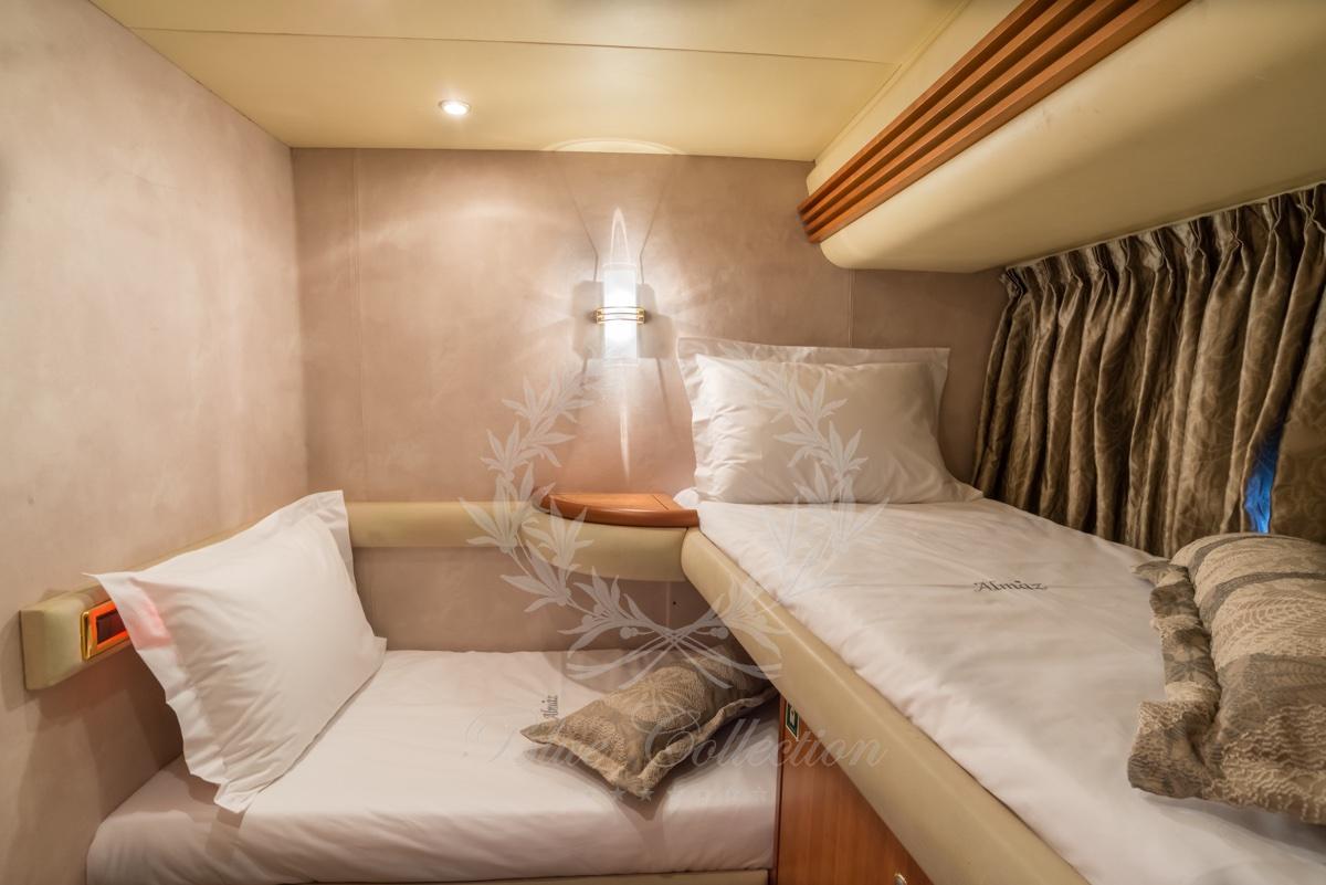 Luxury_Yacht_for_Charter_Mykonos_Greece_Almaz_10