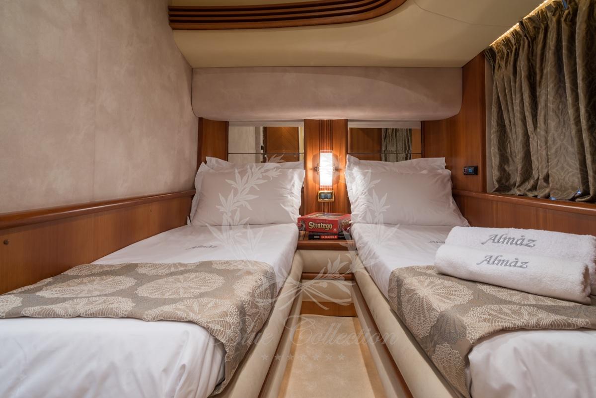 Luxury_Yacht_for_Charter_Mykonos_Greece_Almaz_11