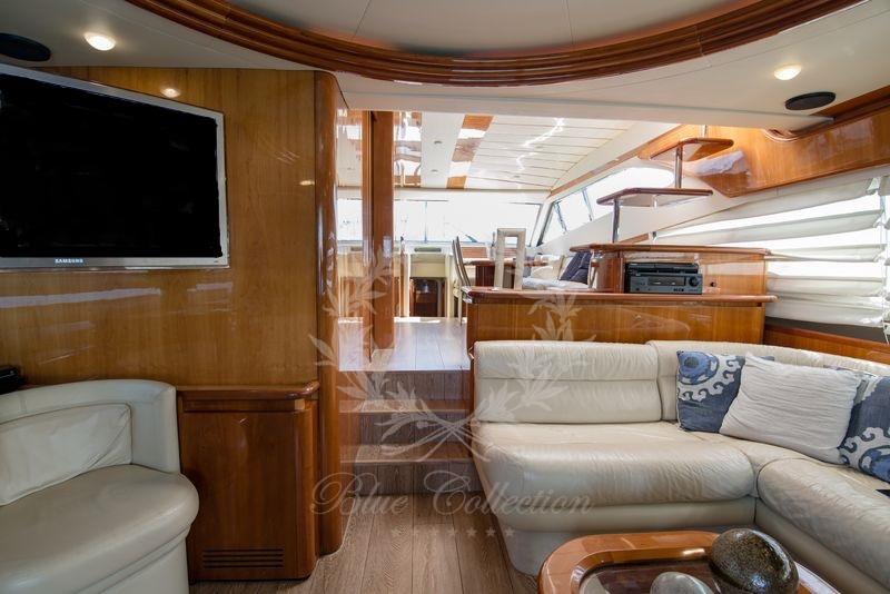 Luxury_Yacht_for_Charter_Mykonos_Greece_Ananas_12