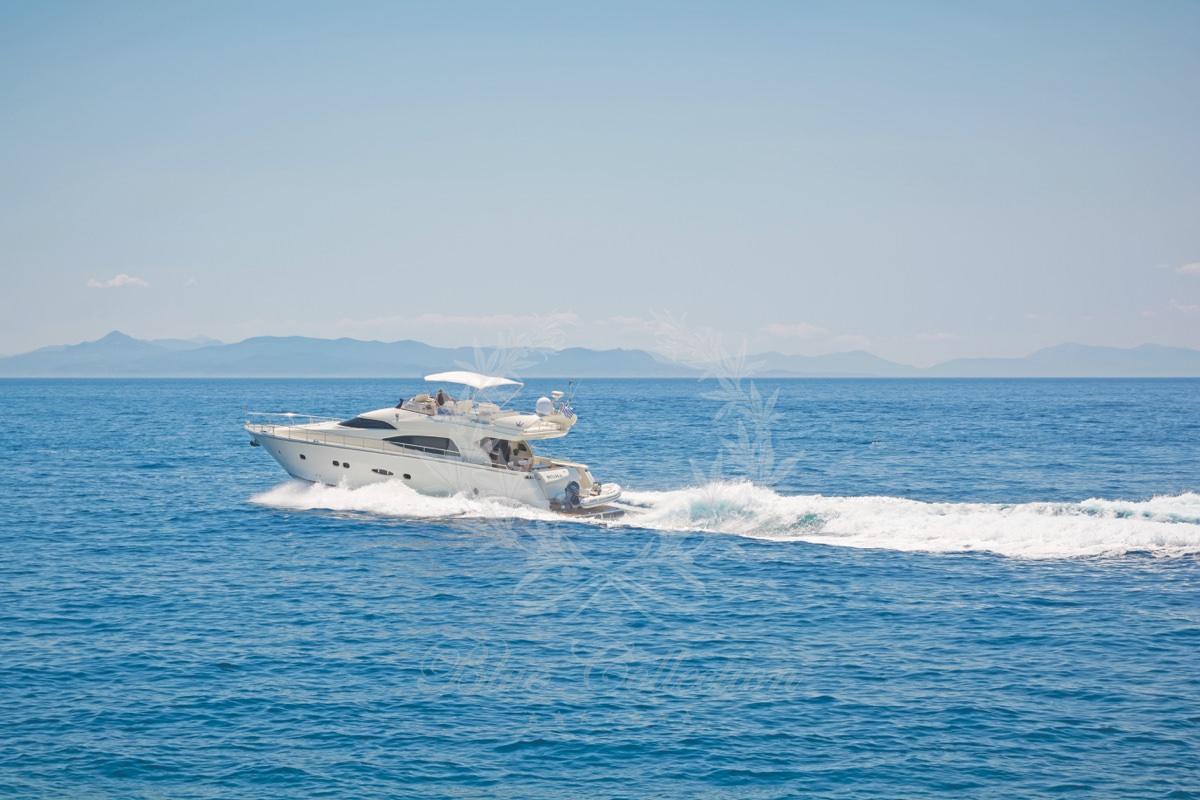 Luxury_Yacht_for_Charter_Mykonos_Greece_Beluga_13