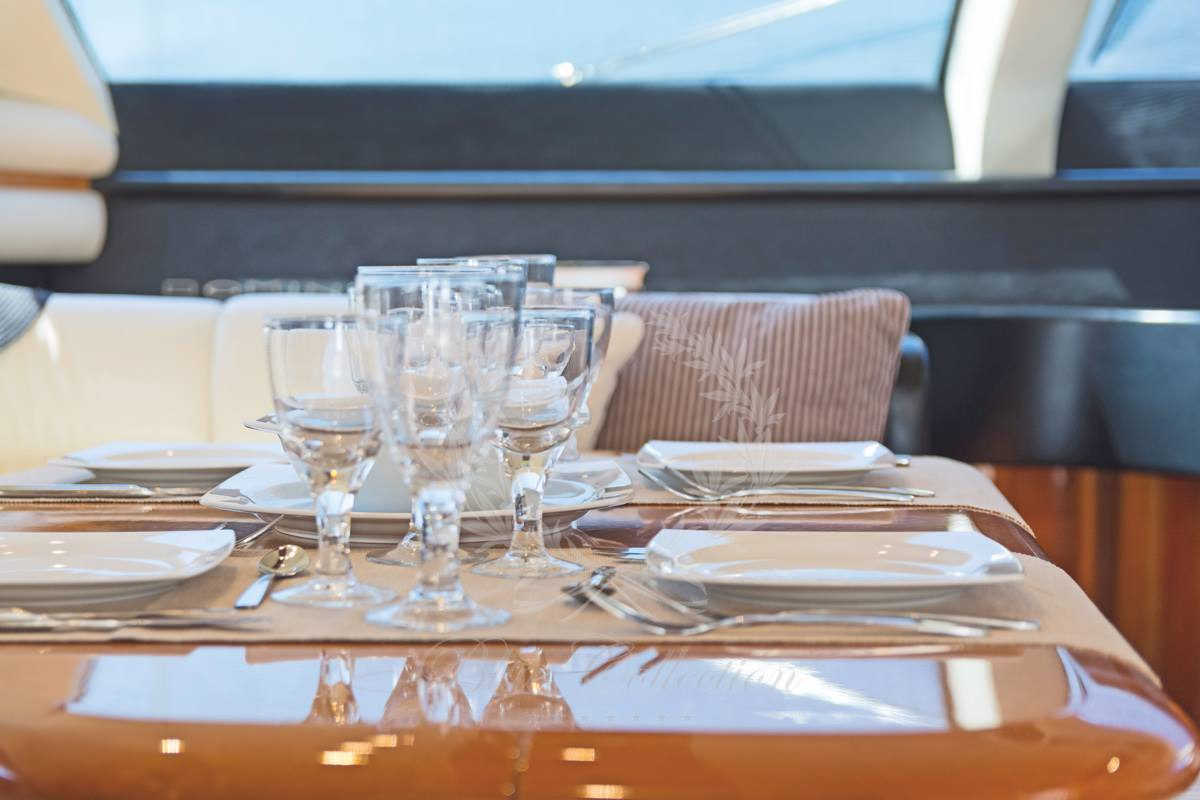 Luxury_Yacht_for_Charter_Mykonos_Greece_Beluga_16