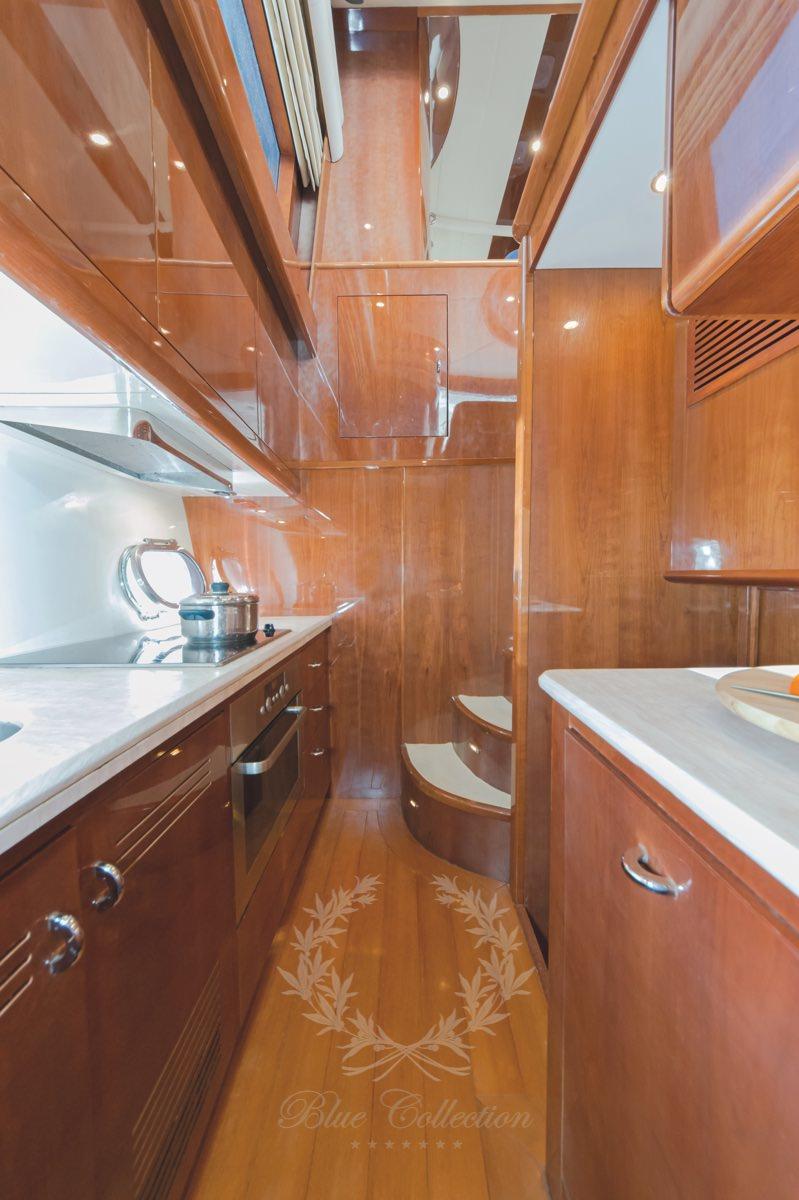 Luxury_Yacht_for_Charter_Mykonos_Greece_Beluga_18