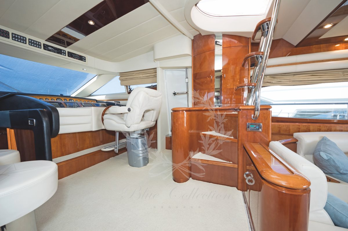 Luxury_Yacht_for_Charter_Mykonos_Greece_Beluga_26