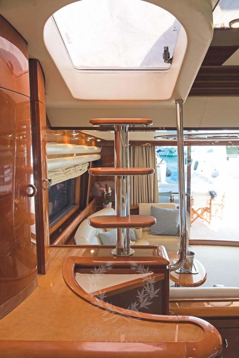 Luxury_Yacht_for_Charter_Mykonos_Greece_Beluga_28