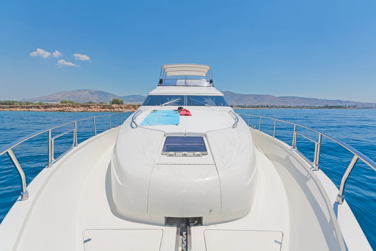 Luxury_Yacht_for_Charter_Mykonos_Greece_Beluga_31