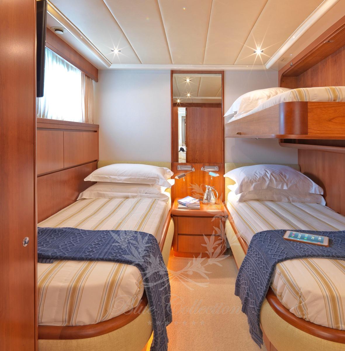 Luxury_Yacht_for_Charter_Mykonos_Greece_Maritina10