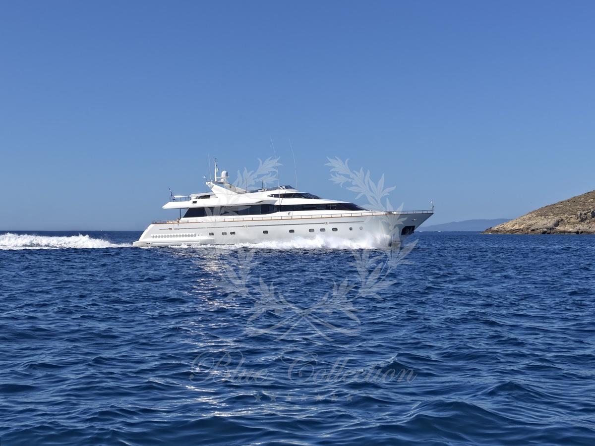 Luxury_Yacht_for_Charter_Mykonos_Greece_Maritina15