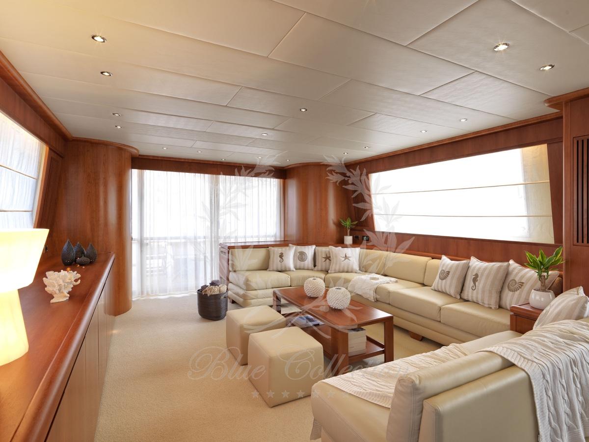 Luxury_Yacht_for_Charter_Mykonos_Greece_Maritina3