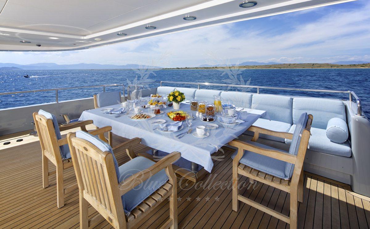 Luxury_Yacht_for_Charter_Mykonos_Greece_Oceanos_10