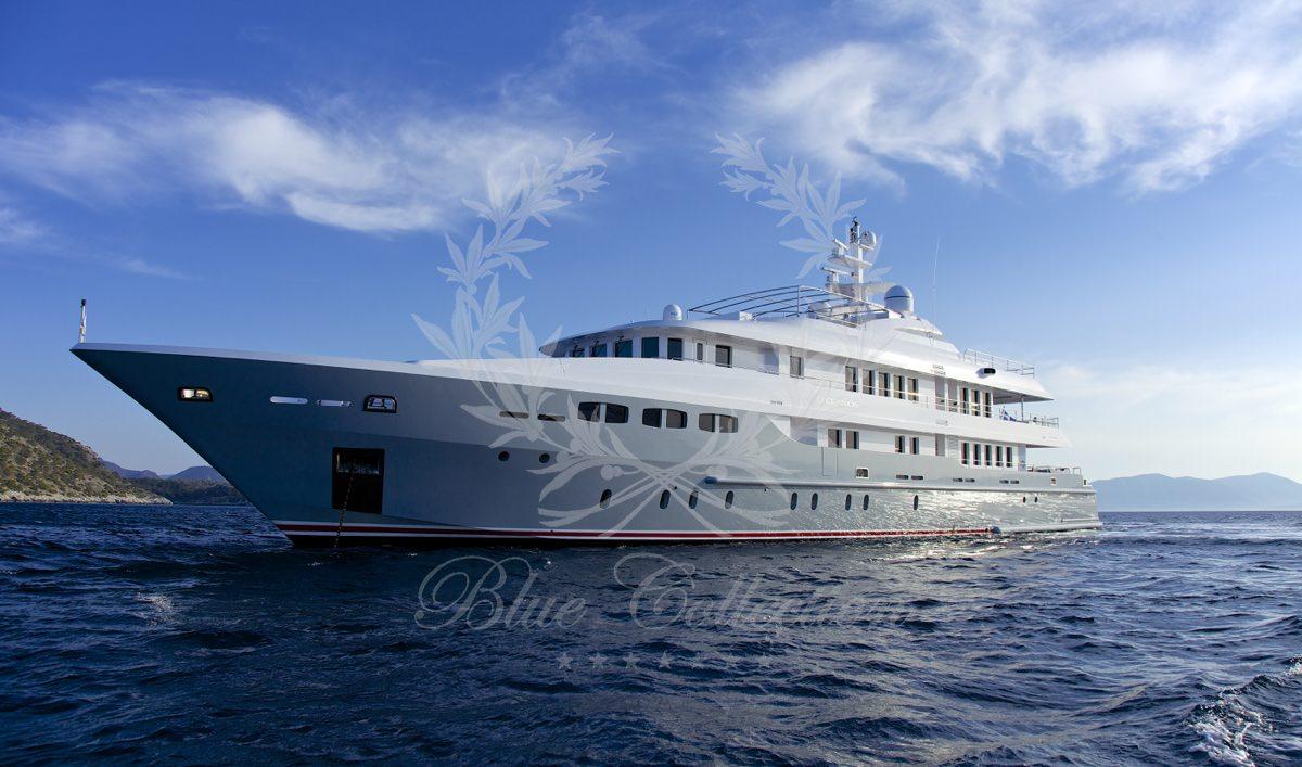 Luxury_Yacht_for_Charter_Mykonos_Greece_Oceanos_20