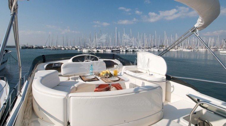 Luxury_Yacht_for_Charter_Mykonos_Greece_Poseidon_113