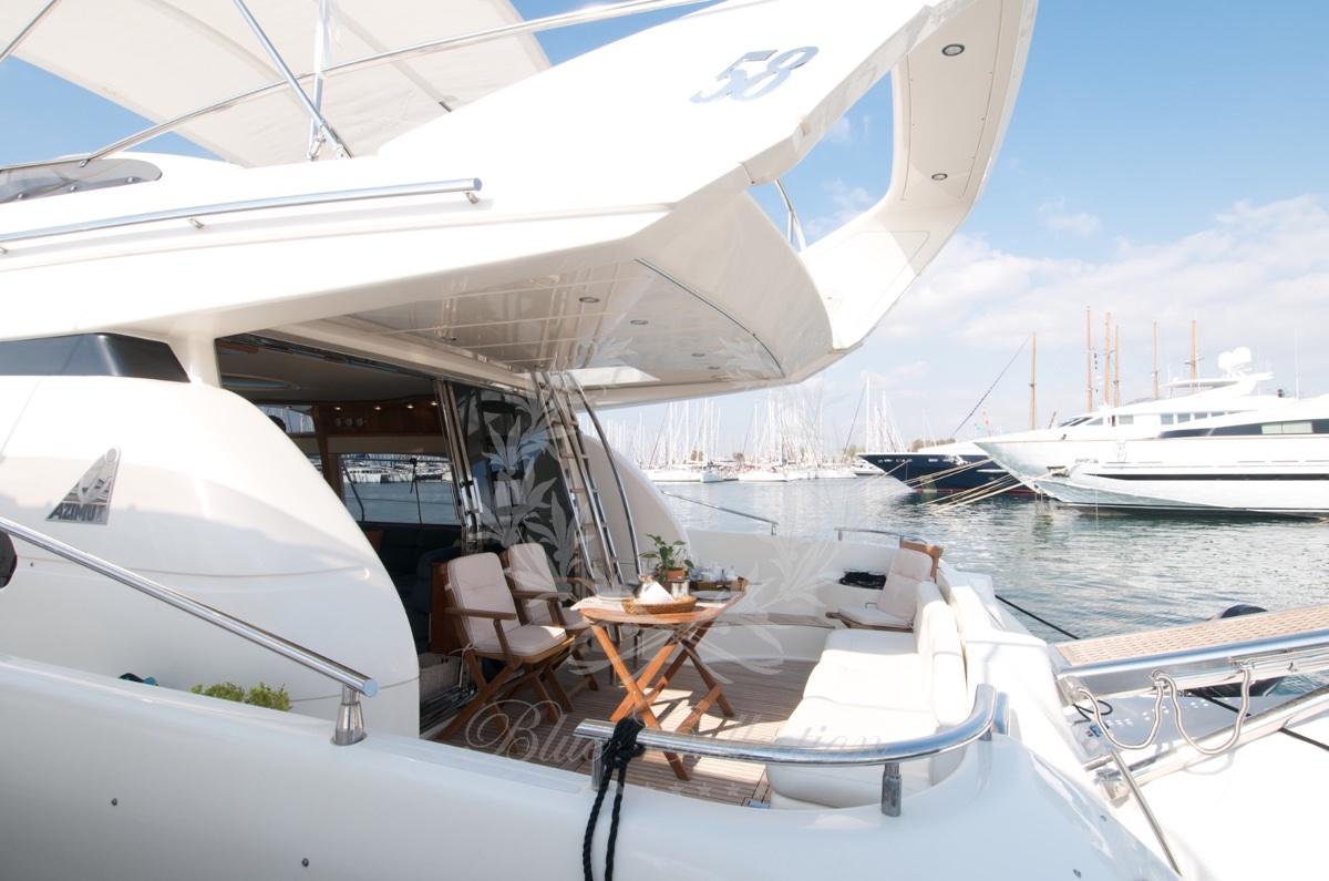Luxury_Yacht_for_Charter_Mykonos_Greece_Poseidon_118
