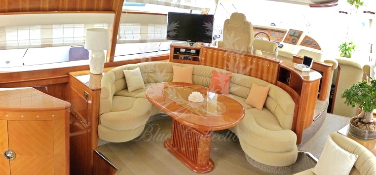 Luxury_Yacht_for_Charter_Mykonos_Greece_Poseidon_14