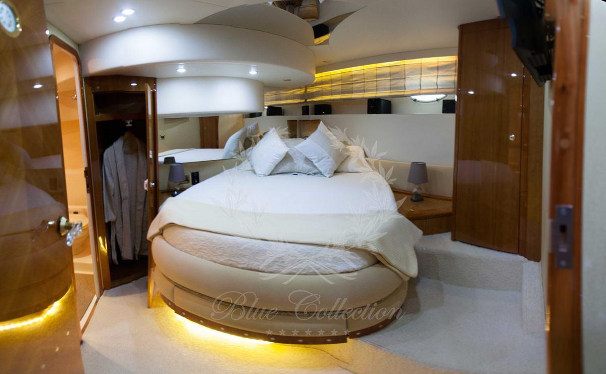 Luxury_Yacht_for_Charter_Mykonos_Greece_Poseidon_17