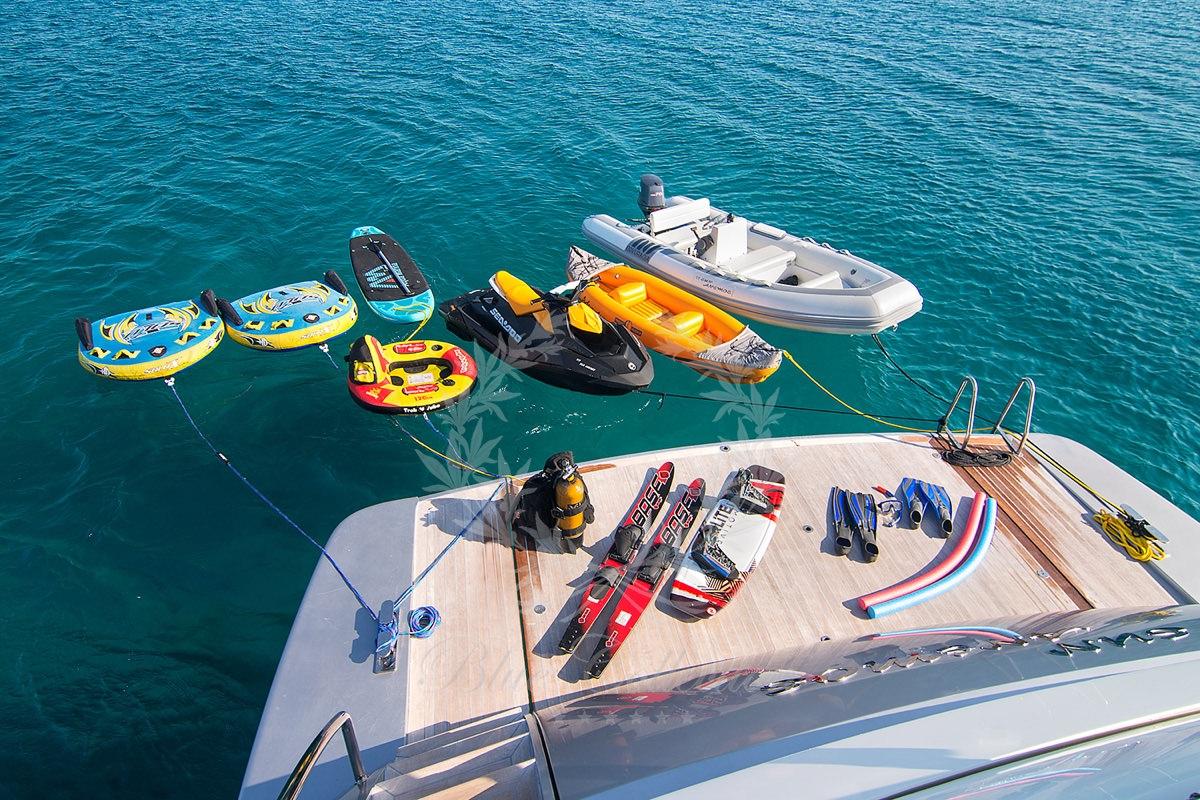 Luxury_Yacht_for_Charter_Mykonos_Greece_Sun_Anemos_20