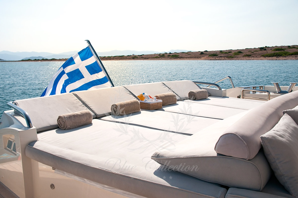 Luxury_Yacht_for_Charter_Mykonos_Greece_Sun_Anemos_23