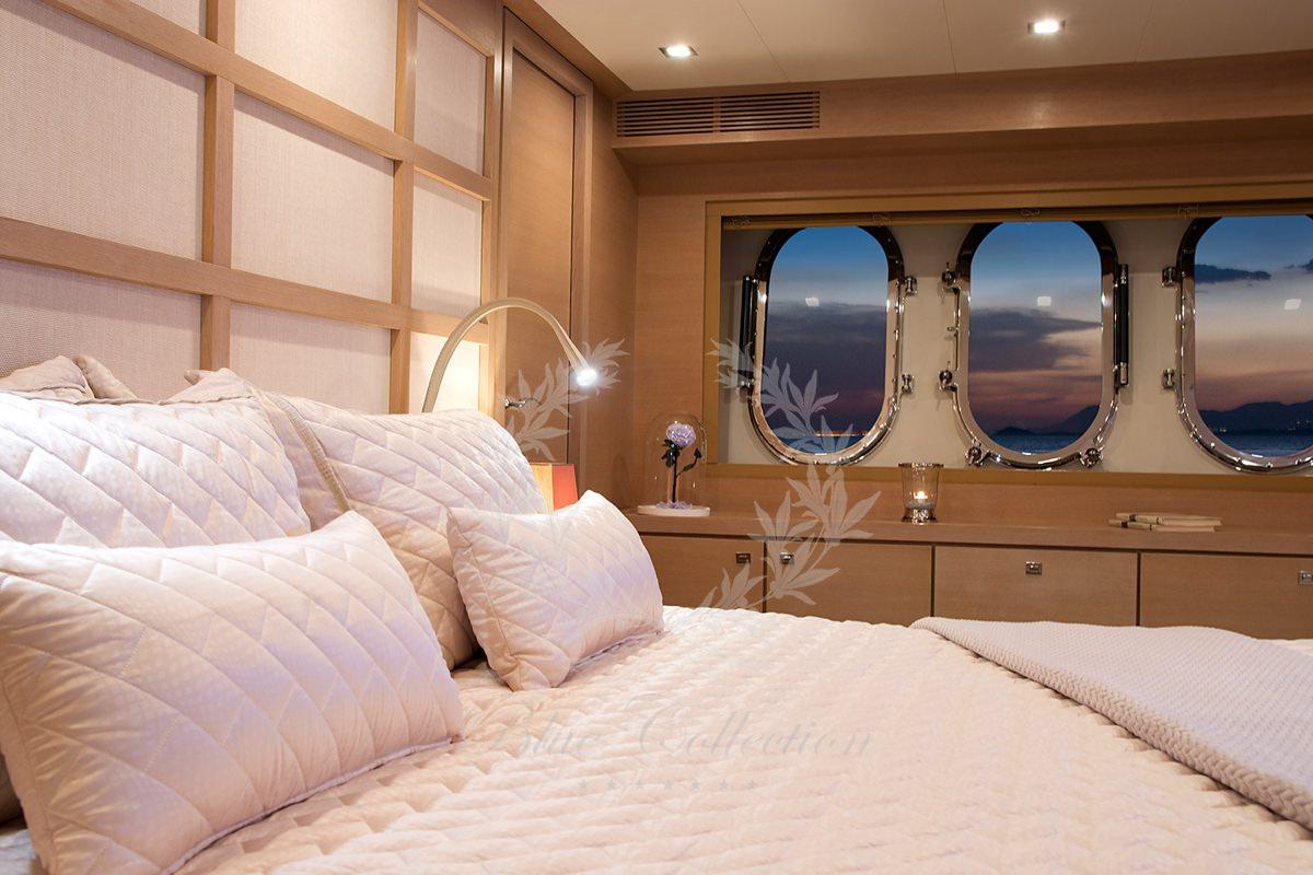 Luxury_Yacht_for_Charter_Mykonos_Greece_Sun_Anemos_8