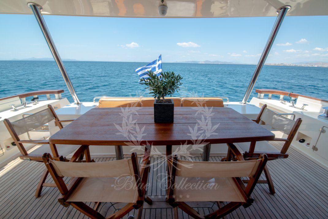 Luxury_Yacht_for_Charter_Mykonos_Greece_Ulisse_1