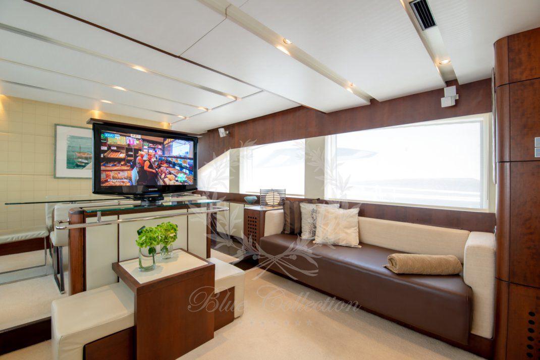Luxury_Yacht_for_Charter_Mykonos_Greece_Ulisse_11