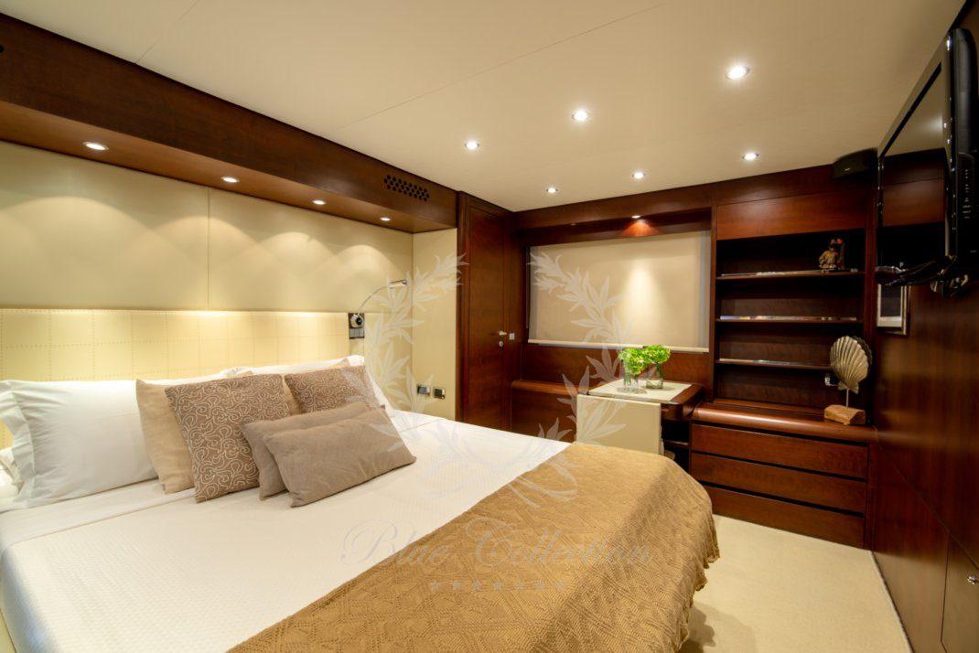 Luxury_Yacht_for_Charter_Mykonos_Greece_Ulisse_16