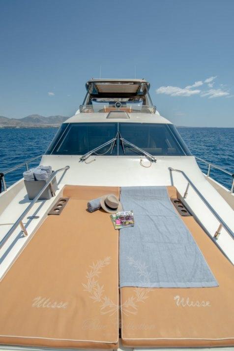 Luxury_Yacht_for_Charter_Mykonos_Greece_Ulisse_19