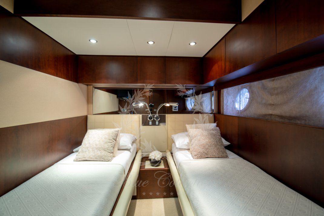 Luxury_Yacht_for_Charter_Mykonos_Greece_Ulisse_22