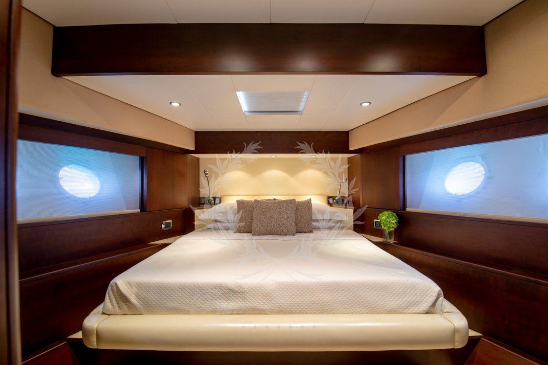 Luxury_Yacht_for_Charter_Mykonos_Greece_Ulisse_25