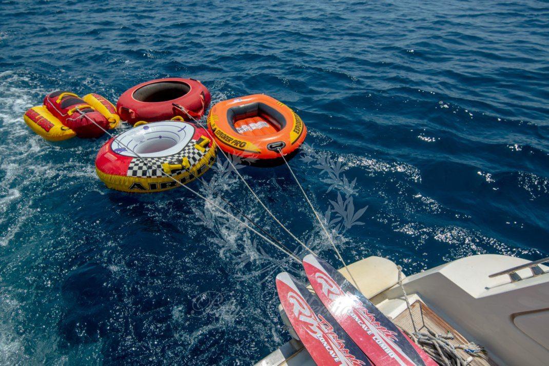Luxury_Yacht_for_Charter_Mykonos_Greece_Ulisse_27