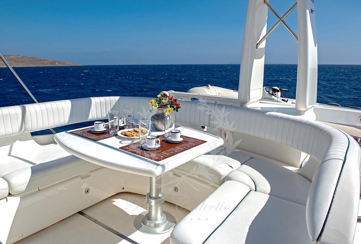 Luxury_Yacht_for_Charter_Mykonos_Greece_Venali_17
