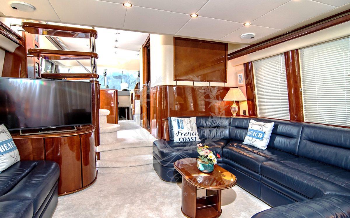 Luxury_Yacht_for_Charter_Mykonos_Greece_Venali_2