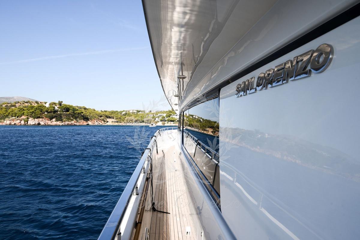 Luxury_Yacht_for_Charter_Mykonos_Greece_my_zen_2