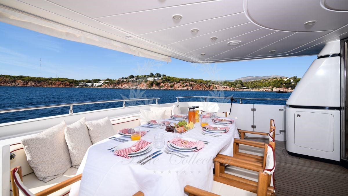 Luxury_Yacht_for_Charter_Mykonos_Greece_my_zen_3