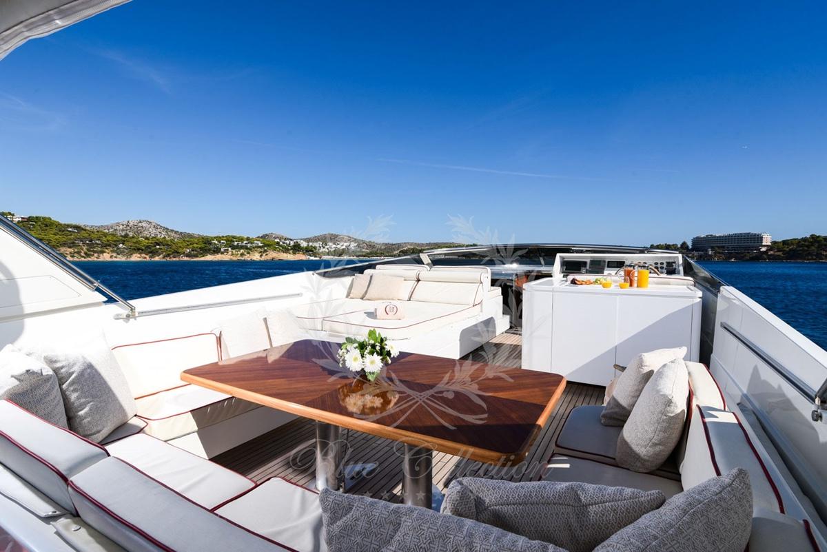 Luxury_Yacht_for_Charter_Mykonos_Greece_my_zen_5
