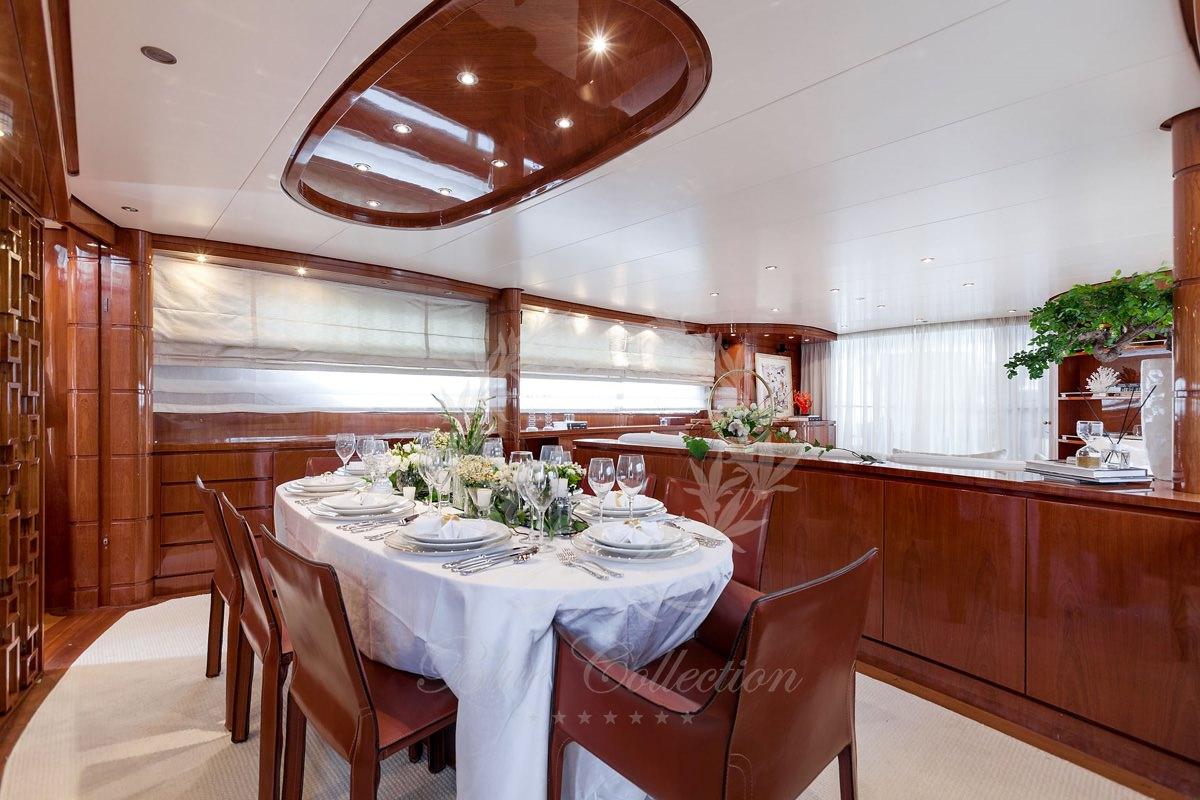 Luxury_Yacht_for_Charter_Mykonos_Greece_my_zen_6