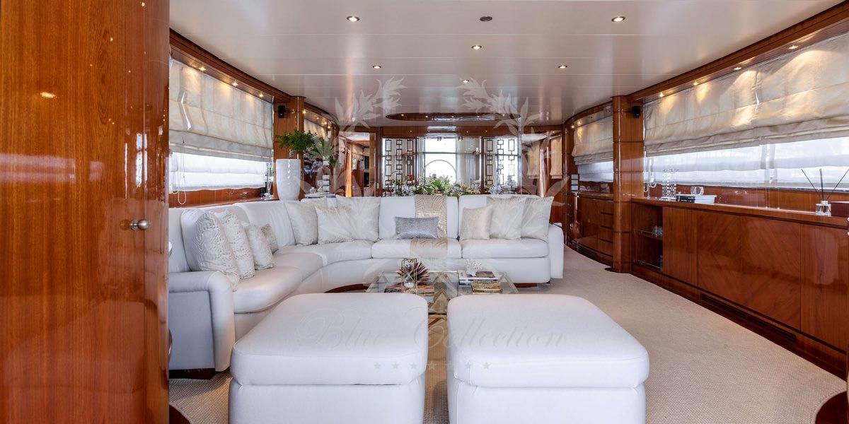 Luxury_Yacht_for_Charter_Mykonos_Greece_my_zen_8