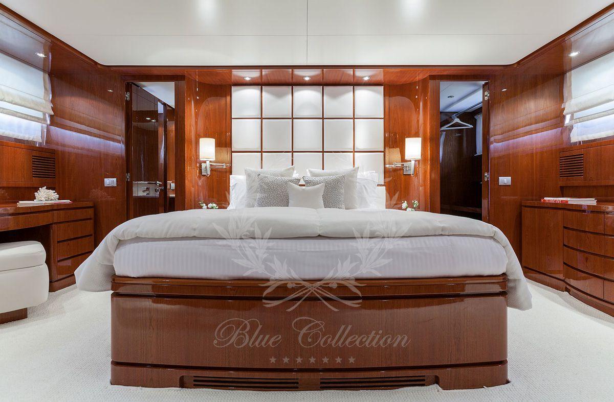 Luxury_Yacht_for_Charter_Mykonos_Greece_my_zen_9