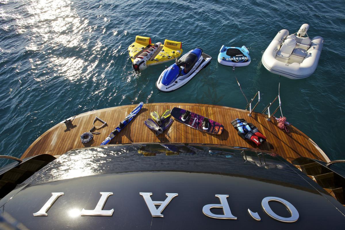 Luxury_Yacht_Charters_Blue_Yachting_Greece_OPATI (21)