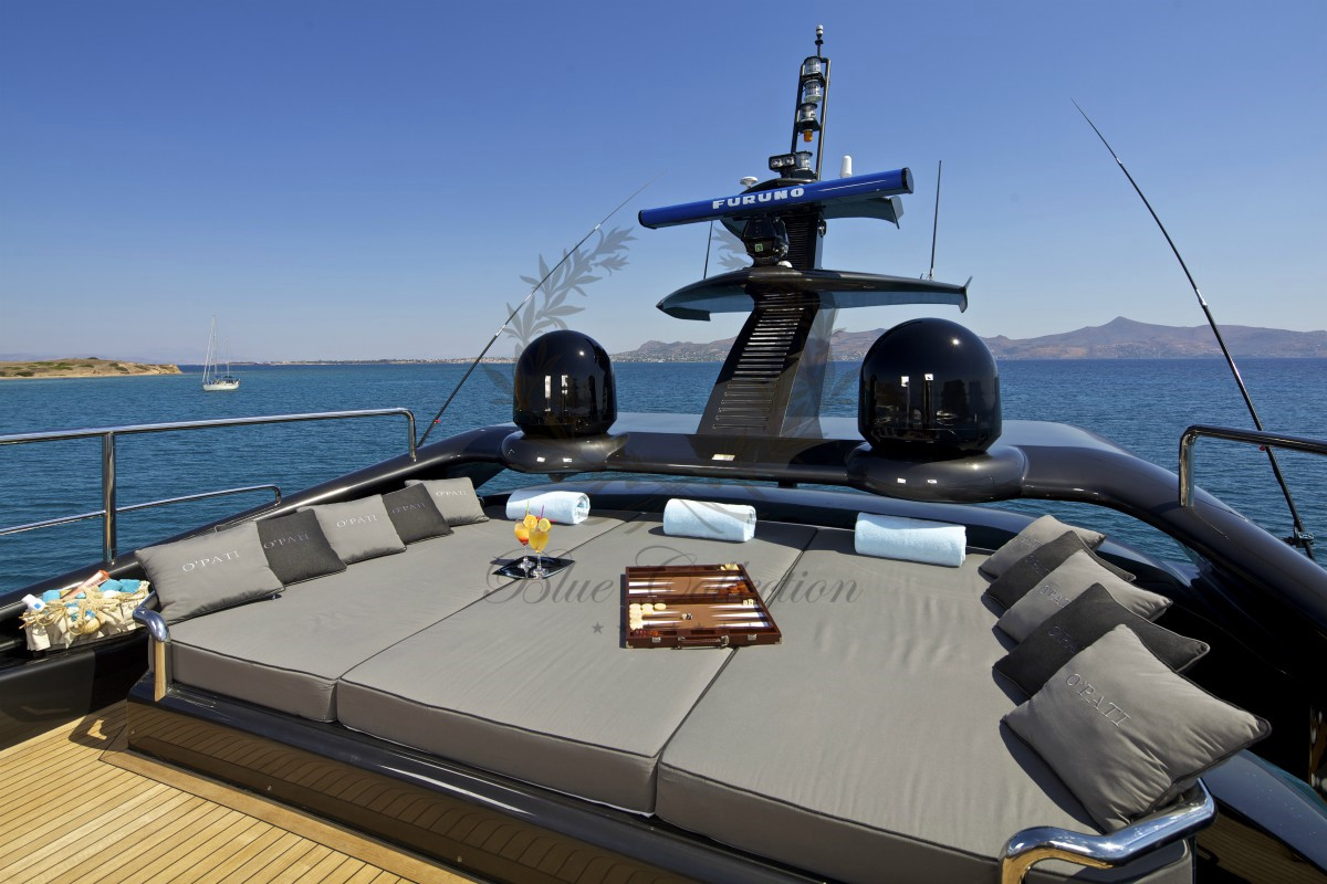 Luxury_Yacht_Charters_Blue_Yachting_Greece_OPATI (3)