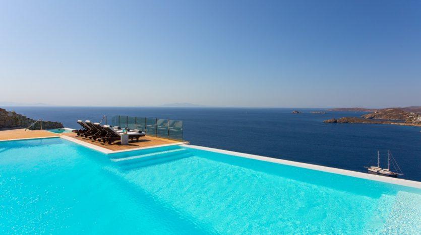 Mykonos_Luxury_Villas_ALN3_main_photo