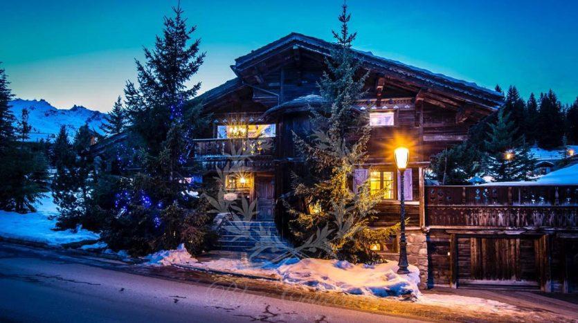 Blue_Collection_Luxury_Villa_Chalet_Rentals_Premium_Services (2)