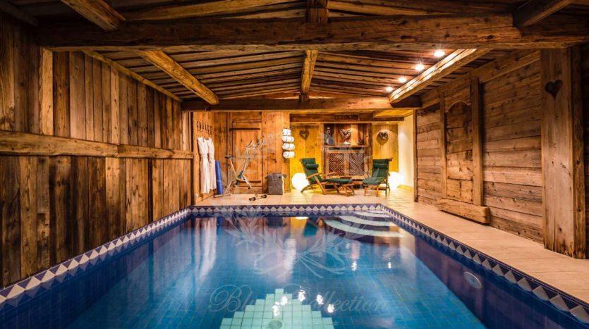 Blue_Collection_Luxury_Villa_Chalet_Rentals_Premium_Services (26)