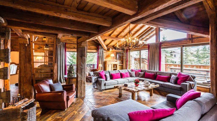 Blue_Collection_Luxury_Villa_Chalet_Rentals_Premium_Services (4)