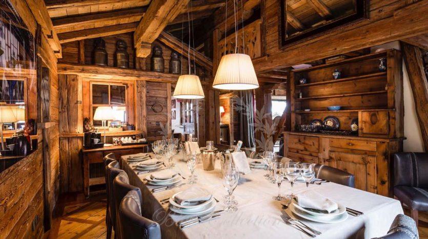 Blue_Collection_Luxury_Villa_Chalet_Rentals_Premium_Services (7)